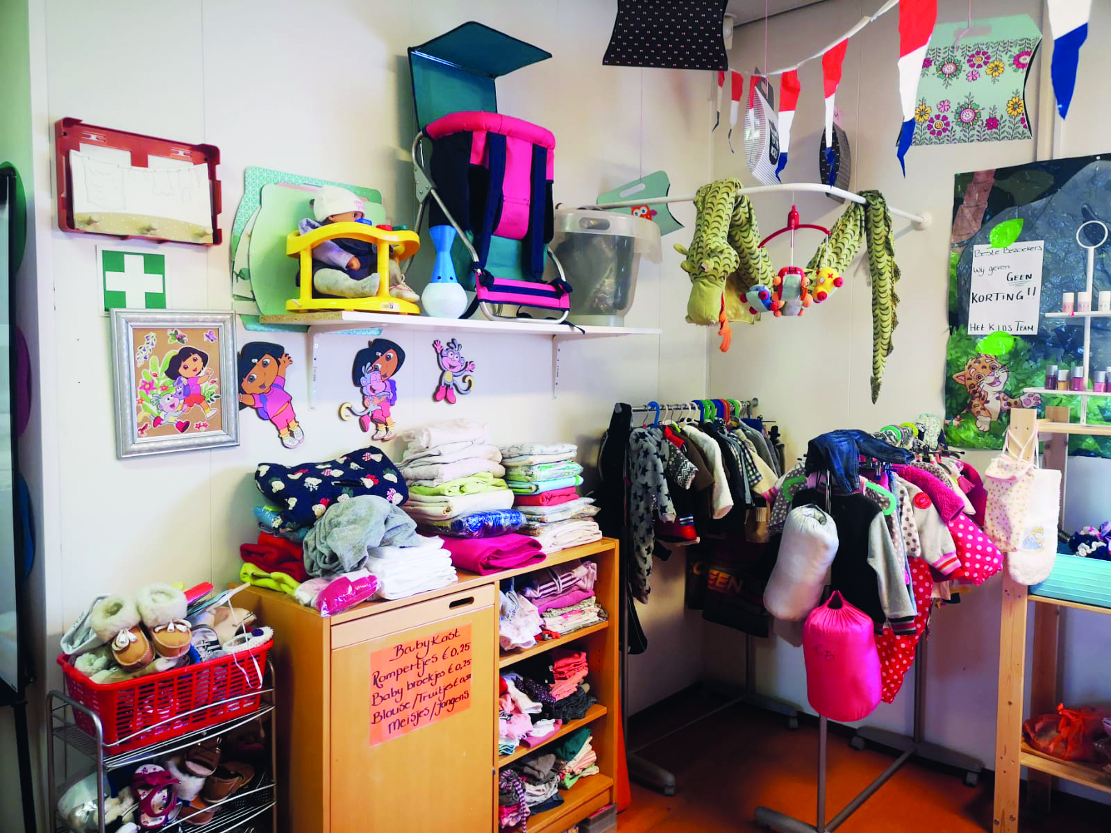 Kinderkleding Rotterdam.Opgroeien In Armoede In Rotterdam De Kanttekening