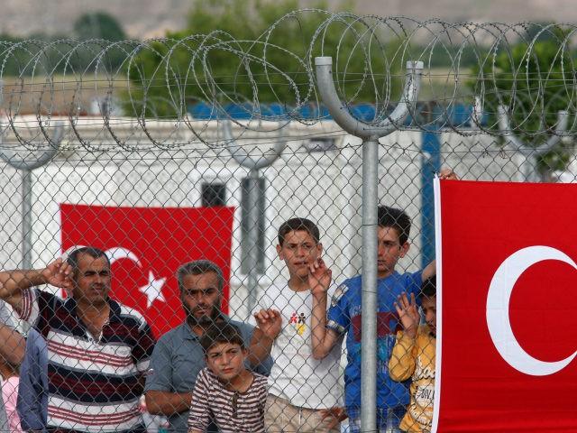 Turkije: provincie Istanbul gaat ongedocumenteerde Syriërs deporteren