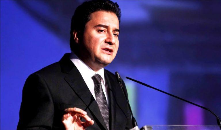 Turkije: voormalige AKP-kopstukken richten nieuwe partij op