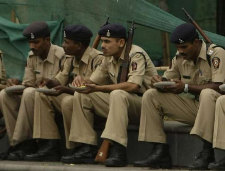 Moslimhaat bij Indiase politie: 'Moslims hebben meer aanleg om misdaden te begaan'