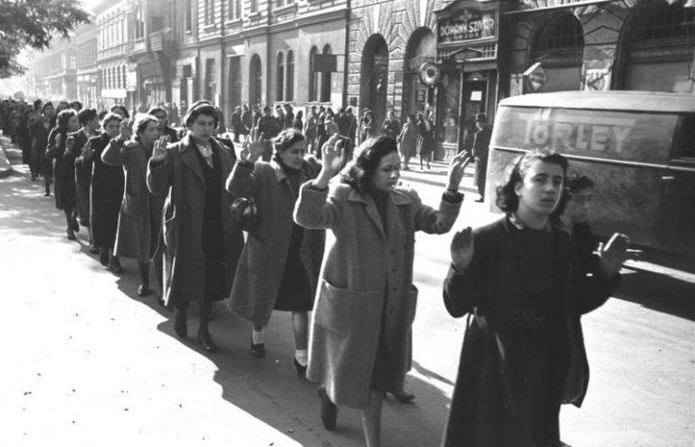 Hongarije: premier Orbán hoopt dat rabbi zijn 'witwassende' Holocaustmuseum zal redden