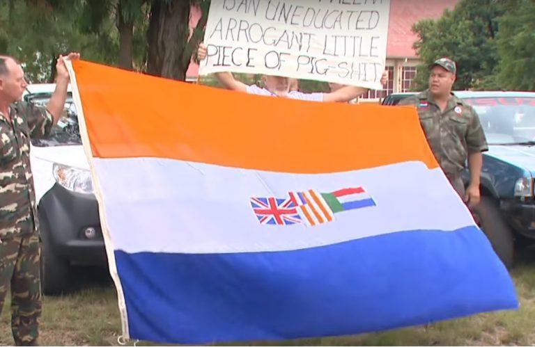 Zuid-Afrikaanse vlag uit apartheidstijdperk voortaan verboden