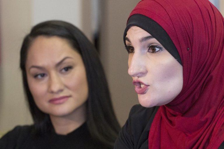 Moslimfeminist Linda Sarsour uit protestclub Women's March na antisemitisme-rel