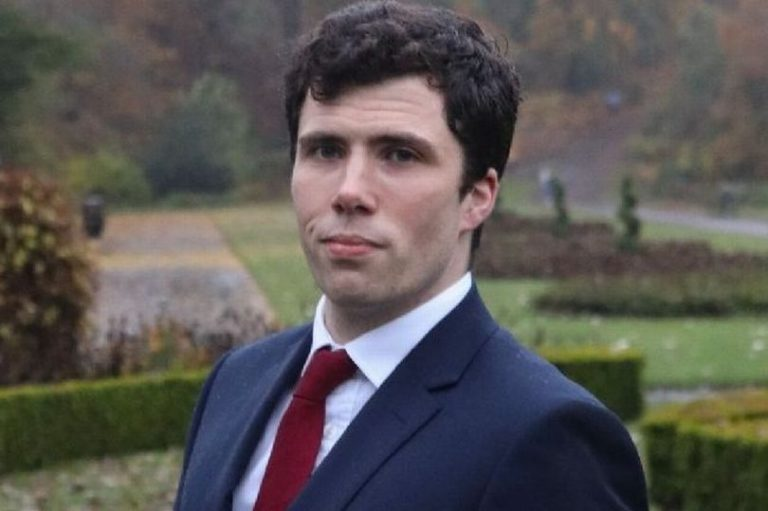 Schotse Conservatieve kandidaat noemt Holocaust 'overdreven' en is bang voor 'Eurabië'