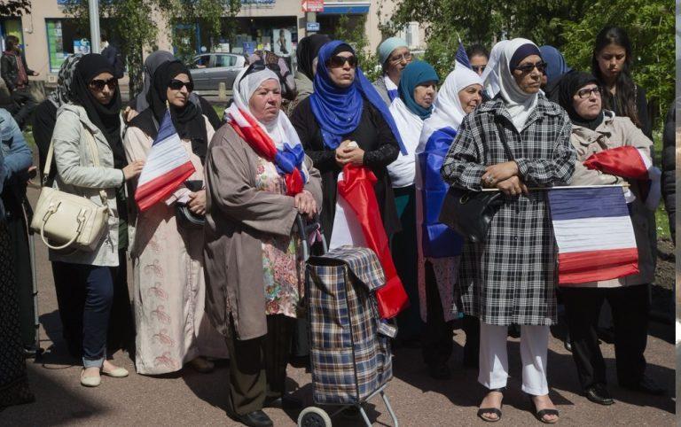 Franse senaat wil het dragen van de hoofddoek nog meer inperken