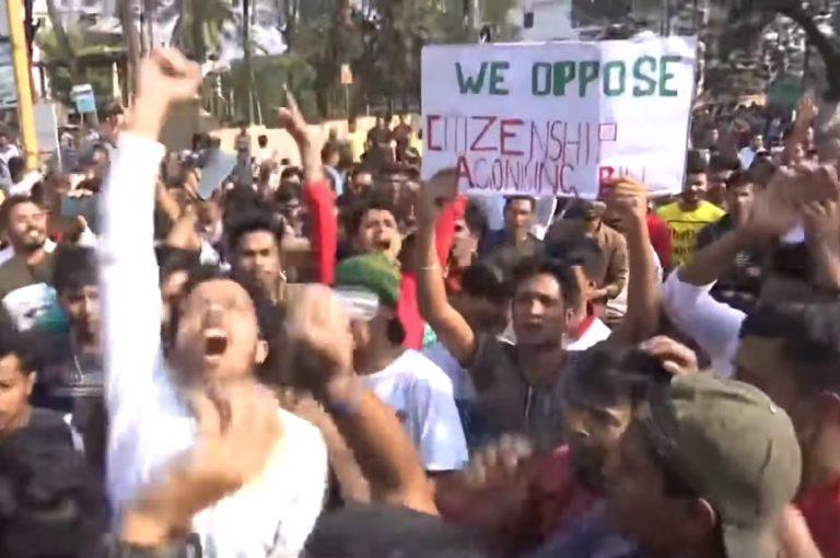India: tienduizenden Assamezen protesteren tegen 'anti-moslimwet'