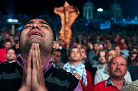 Christians-Muslims-peace.jpg