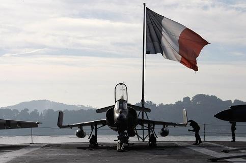 oorlog-Parijs-ThijlSunier.jpg