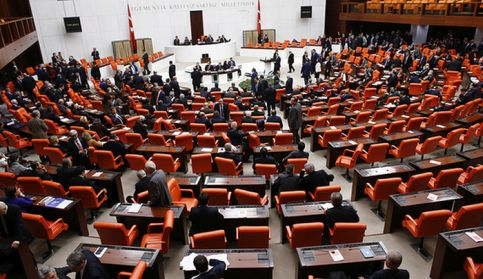 turks-parlement-reuters.jpg